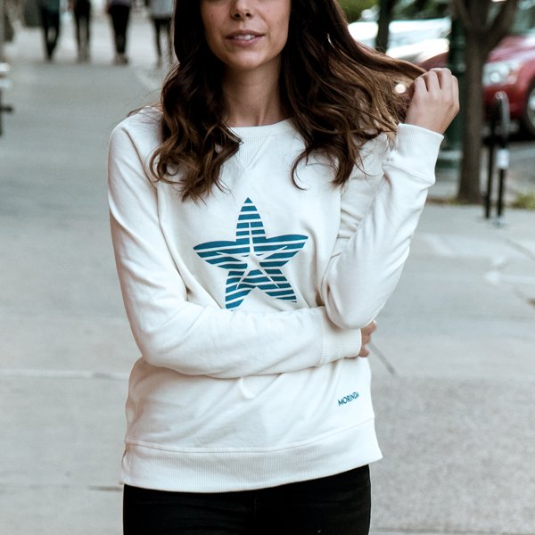 Women's Cream Star Pullover Photo